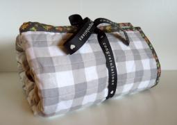 Whole cloth crib quilt