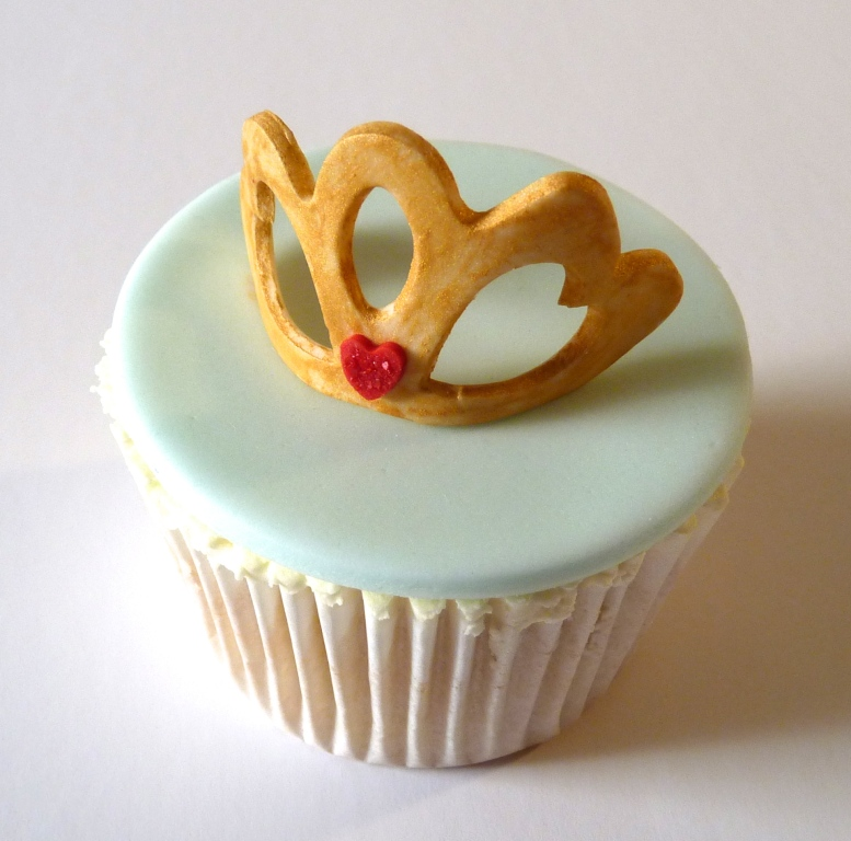 Tiara cupcake topper, tiara cupcake decoration