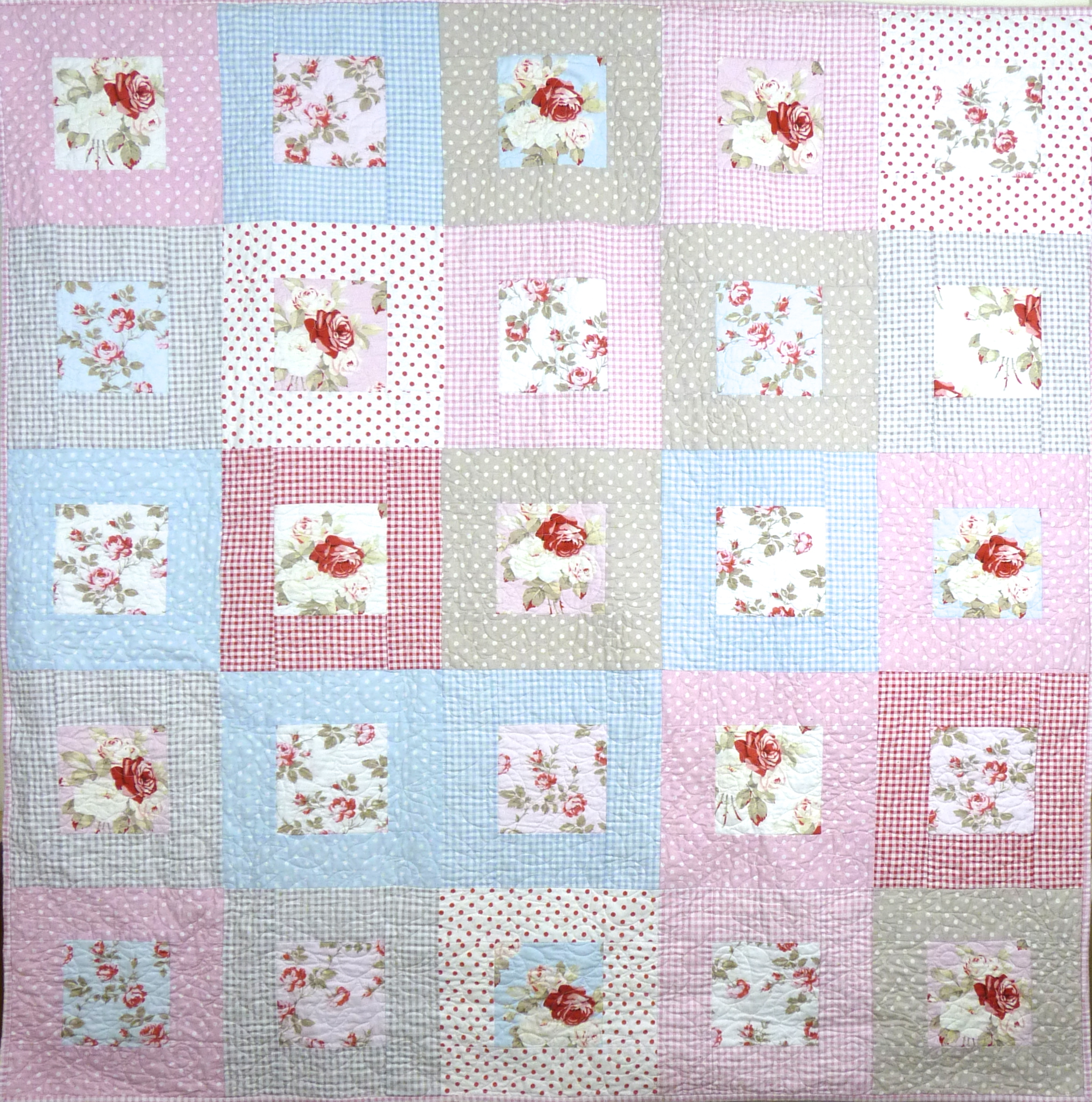 A country cottage style quilt – cakecardcloth : country cottage quilts - Adamdwight.com