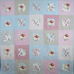 Shabby chic/country cottage style quilt in Tanya Whelan petal fabric