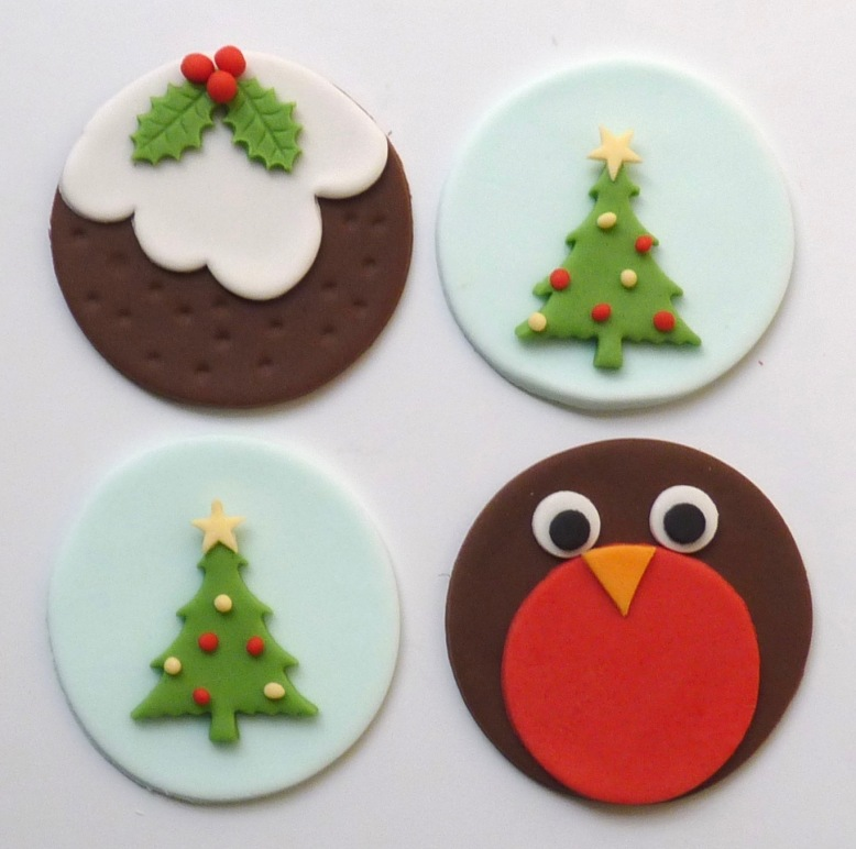 Cupcake toppers - Christmas pudding, trees and robin