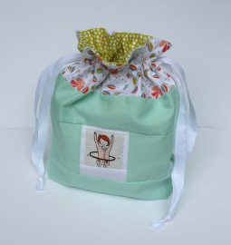 Hoola-hoop girl photo drawstring bag